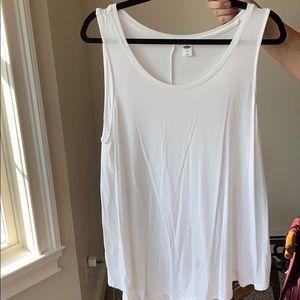 Old Navy sleeveless shirt bundle